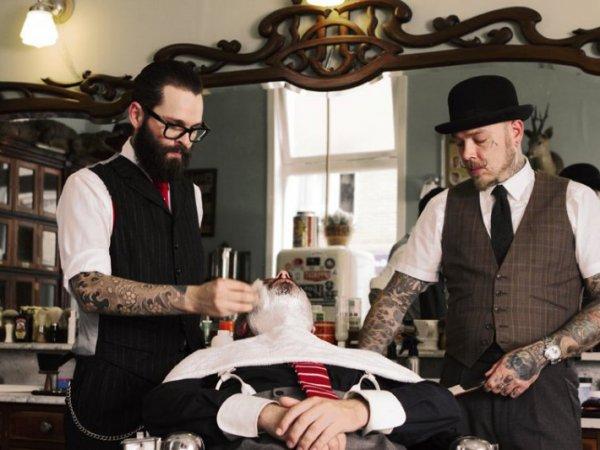 Роспотребнадзор рассказал мужчинам, как правильно выбирать барбершоп