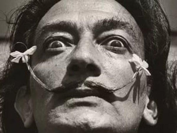 """""""Это просто чудо"""": усы Сальвадора Дали сохранили свой вид через 28 лет после смерти"""