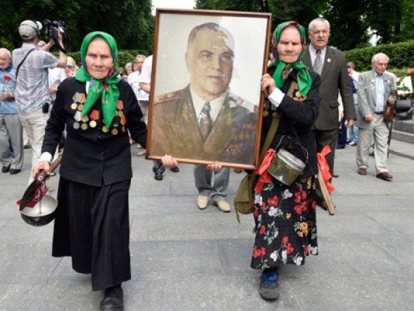 Жители Киева не позволили переименовать улицу маршала Жукова