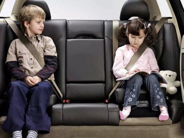 Изменения ПДД 2017 коснулись перевозки детей в автомобиле