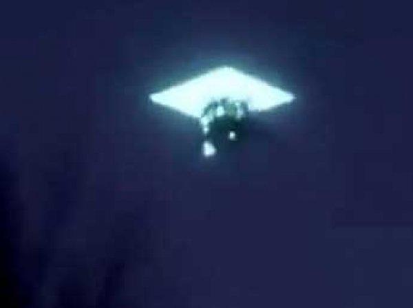 В небе над Якутией пролетел НЛО и исчез в светящемся портале (ВИДЕО)
