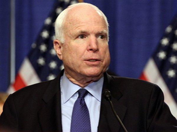 """Маккейн назвал """"нападением на демократию"""" зеркальные санкции России"""