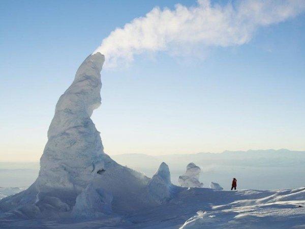 Ученые нашли подо льдами Антарктиды 91 вулкан, готовых проснуться из-за таяния льдов