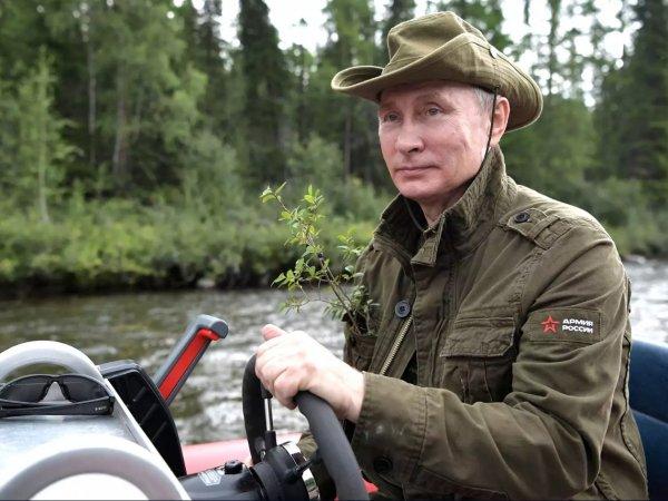 Кремль опубликовал 46-минутное видео отдыха Путина в Сибири