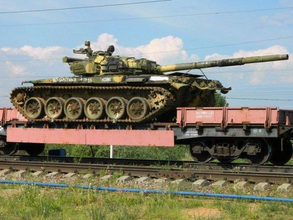 Украинским СМИ снова мерещатся российские танки на своей границе