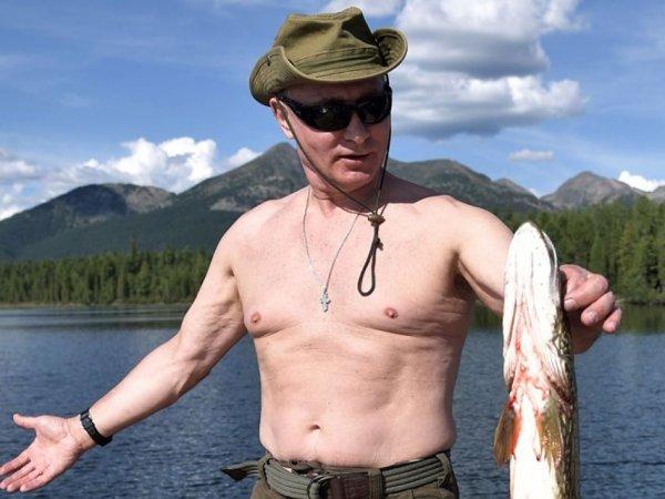 ФОТО Путина с уловом породило новый тренд в Сети