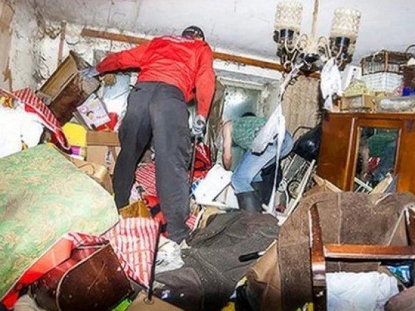Пенсионер из Петербурга не выходил из квартиры со времен распада СССР (ФОТО)