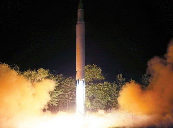 СМИ: пролетевшая над Японией ракета КНДР заставила сработать оповещение о ядерной атаке