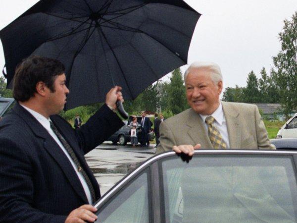 В Санкт-Петербурге выставили на продажу лимузин Ельцина