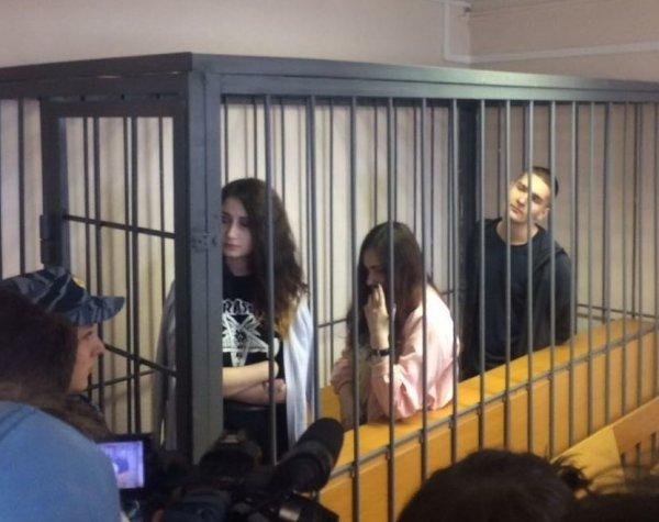 Живодерки из Хабаровска: приговор суда отправил девушек в колонию (ФОТО, ВИДЕО)