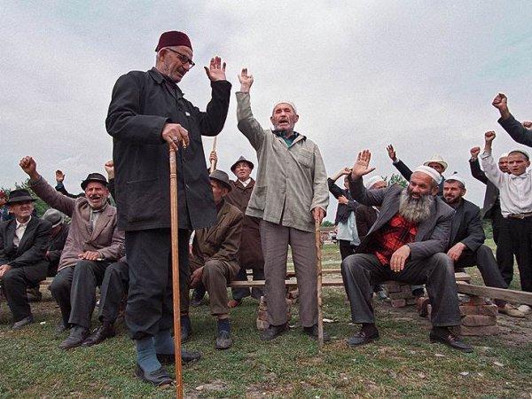 В Чечне отец избил и побрил наголо дочь за то, что она  собралась замуж