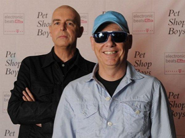 Вооруженные трансвеститы в Рио-де-Жанейро ограбили вокалистов группы Pet Shop Boys