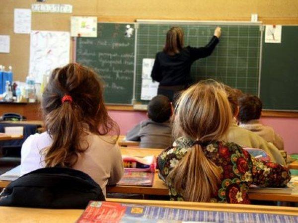 """""""Это настоящая диктатура"""": украинцы готовы переехать в Крым из-за запрета русского языка в школах"""