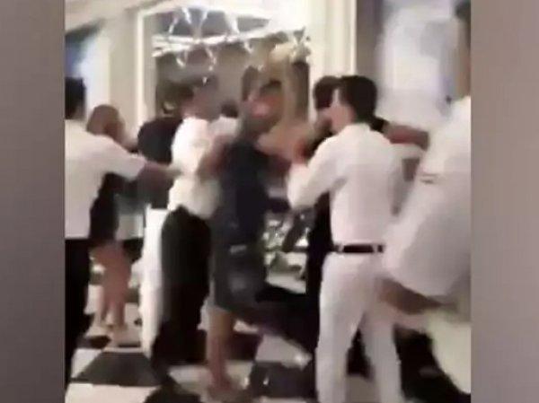 Драка туристов РФ с сотрудниками отеля в Турции попала на ВИДЕО