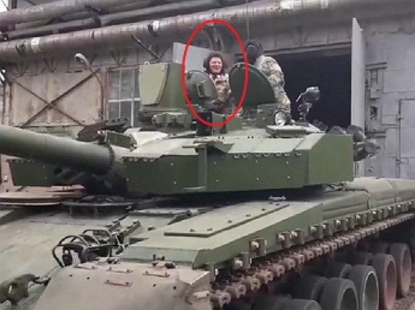 """""""До перемоги! До Москвы!"""": Ляшко на танке пообещал доехать до Москвы"""