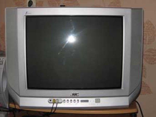 В Сургуте четырехлетнюю девочку насмерть задавило телевизором