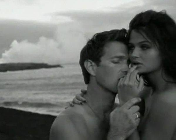 Составлен ТОП-30 самых сексуальных клипов всех времен (ВИДЕО)