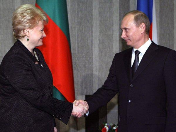 """""""Чего она на меня все время гонит?"""": посол ЕС в РФ рассказал про откровенный разговор с Путиным в лифте"""