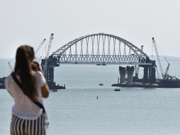 """""""Лучше б я не смотрел"""": украинского политика потрясла правда о строительстве моста в Крым"""