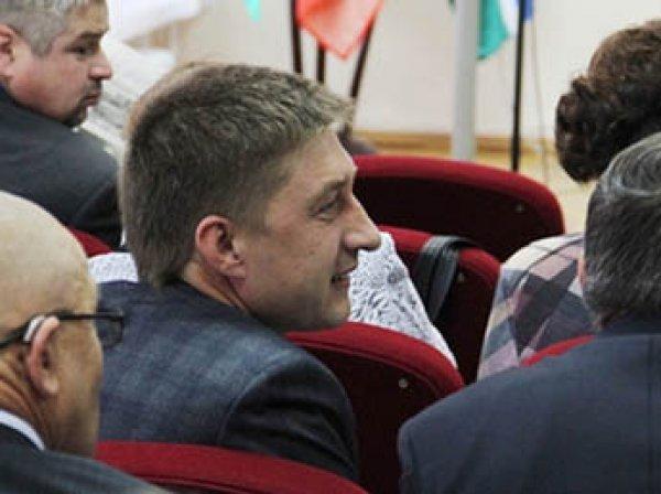 «Если мужчина получает 30 тысяч рублей, это не мужчина»: свердловскому депутату пришлось извиняться за свои слова