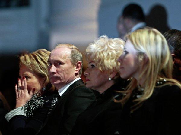 СМИ: Собчак поговорила с Путиным тет-а-тет