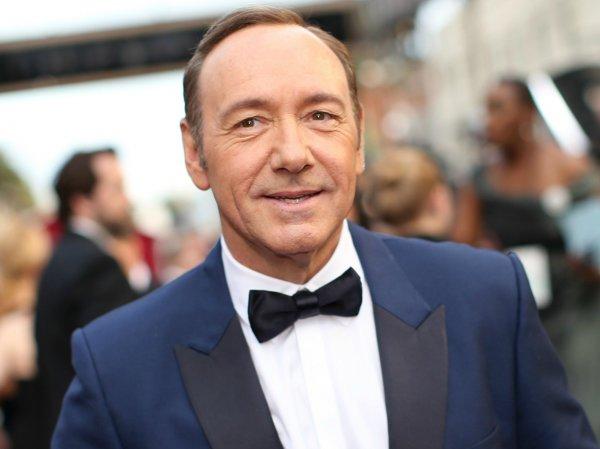 Звезды Голливуда негативно отреагировали на каминг-аут Кевина Спейси
