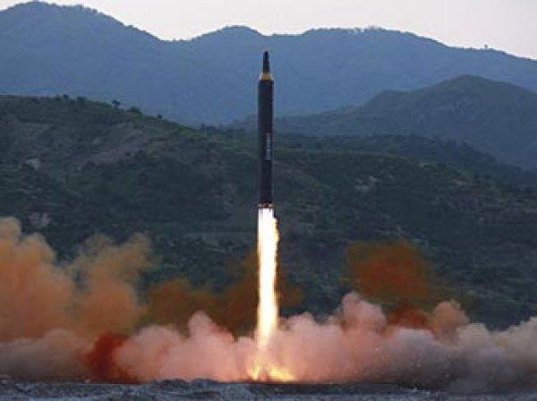 """КНДР заявила об угрозе начала ядерной войны """"в любой момент"""""""