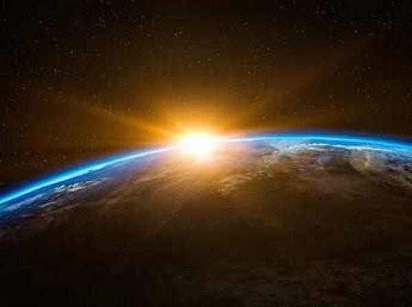 """Ученые: метеоритный дождь приведет к началу """"ядерной зимы"""" на Земле"""