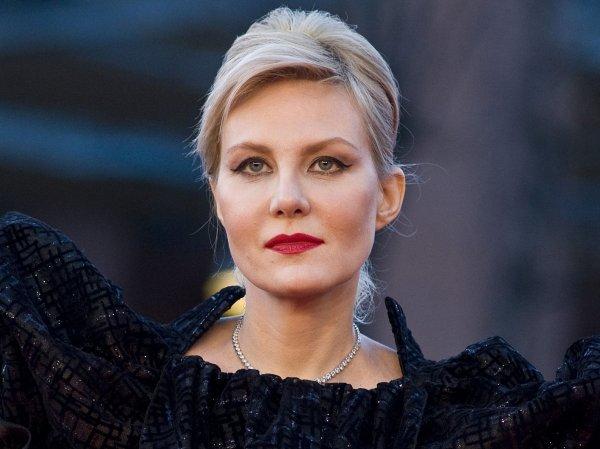 Рената Литвинова прокомментировала слухи о свадьбе с Земфирой