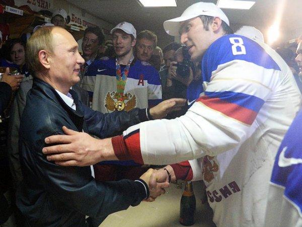 Овечкин открыл сайт движения Putin Team