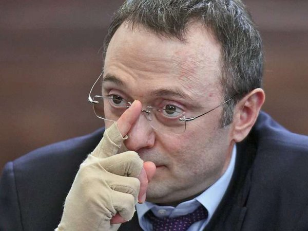 Во Франции суд отпустил Керимова под залог в 5 млн евро