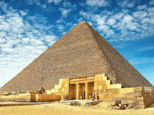 Ученые нашли загадочную полость внутри пирамиды Хеопса