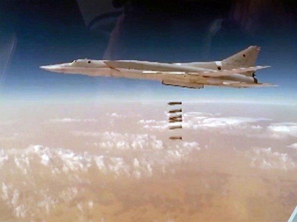 Опубликовано видео удара самолетов ВКС по боевикам в Сирии