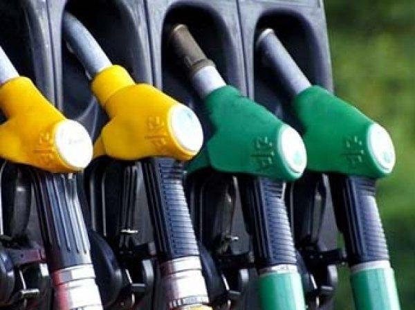 Цены на бензин в России взлетели до рекордно высокого уровня