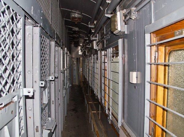 В Приморье загорелся спецвагон с заключенными