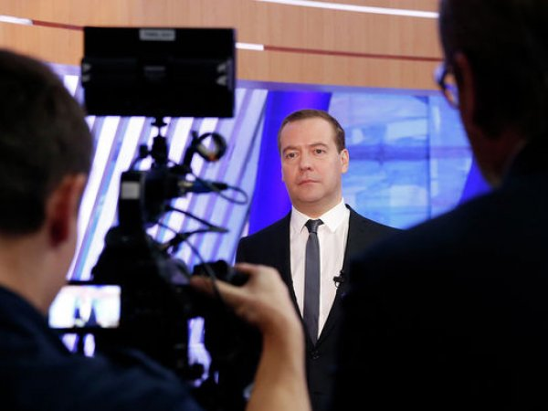 Медведев озвучил причину бедности