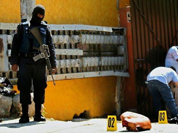 Главаря мексиканской группировки застрелили во время операции по смене лица