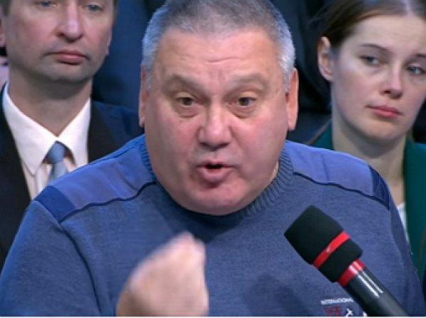 """Польский журналист довел украинца до слез в эфире """"Время покажет"""""""