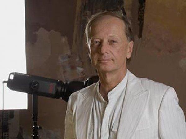 Михаила Задорнова похоронили в Латвии рядом с отцом
