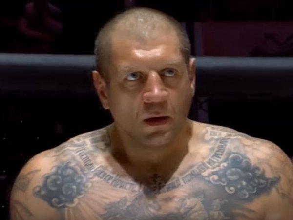 В Сети появилось видео второй подряд победы Александра Емельяненко нокаутом