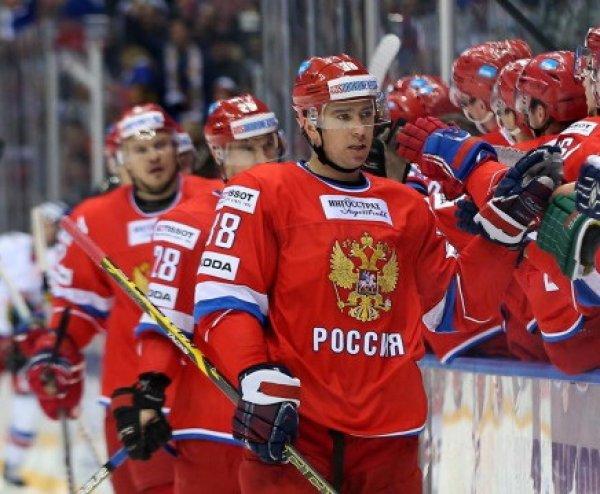 Хоккей, Россия - Канада: счет 2:0, обзор матча 16.12.2017, видео голов, результат (ВИДЕО)