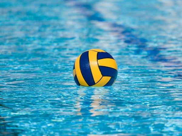 14-летний игрок в водное поло умер во время турнира