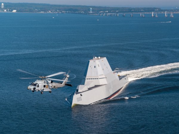 В США новейший суперэсминец сломался во время испытаний