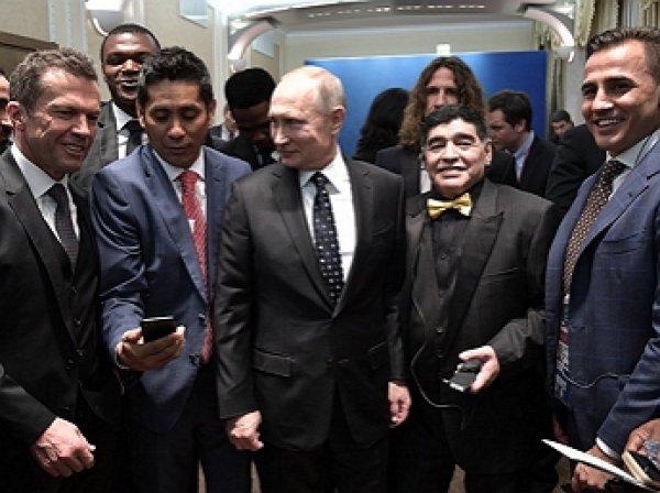 """""""Жеребьевка сейчас пройдет веселее"""": Путин сделал селфи с Роналдо, Марадоной и Пеле"""