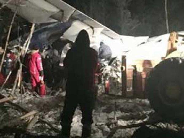 В Канаде разбился пассажирский самолет с 25 людьми на борту