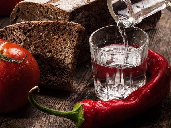 В России законодательно понизят градус водки