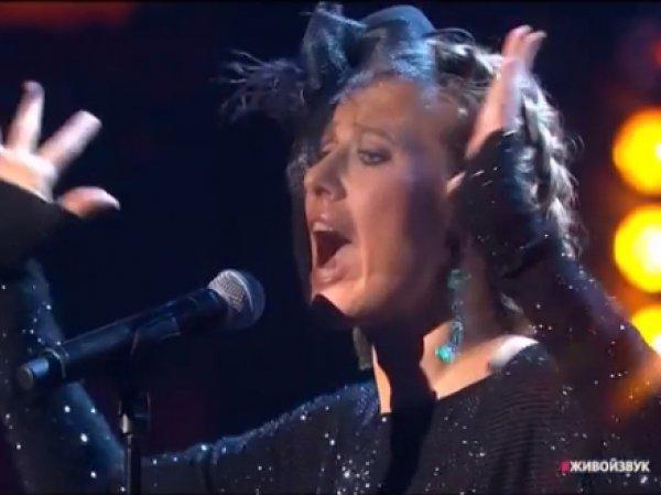 "Собчак спела про ""грудь первого размерал"" и Шнура на концерте Муз-ТВ"
