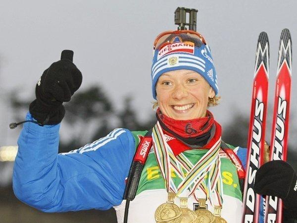 Комиссия МОК пожизненно отстранила от Олимпиад биатлонистку Зайцеву и двух лыжниц