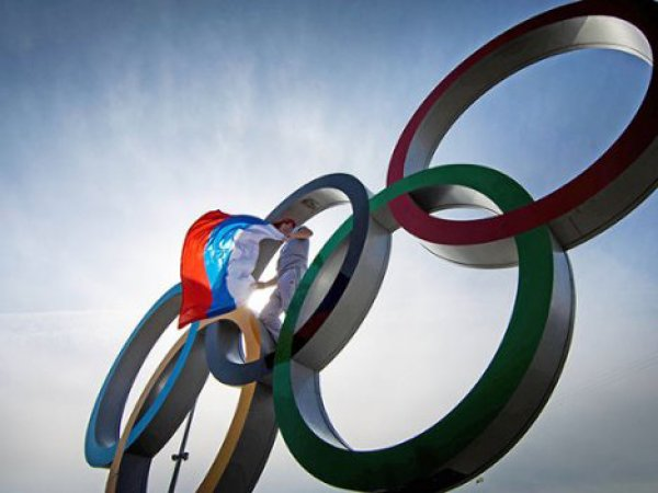 СМИ вспомнили, кого и за что отстраняли от Олимпиад