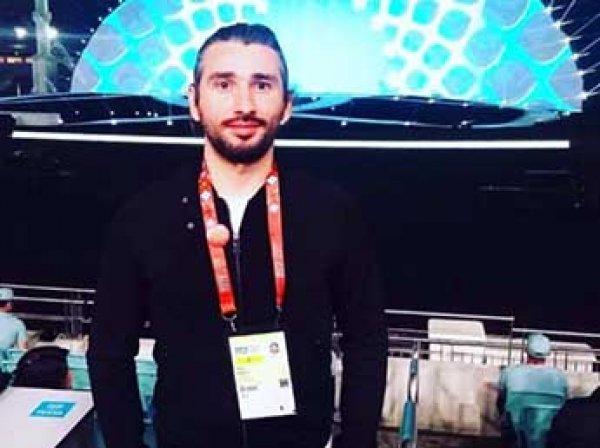 Азербайджанского журналиста уволили за призыв проломить голову русскоязычным детям